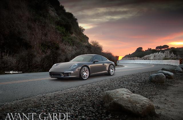 "991 Carrera S - Hyper Silver 20"" Ruger Mesh"