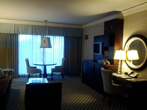 Inside an augustus tower suite at caesars vegaschatter for Caesars palace 3 bedroom suite