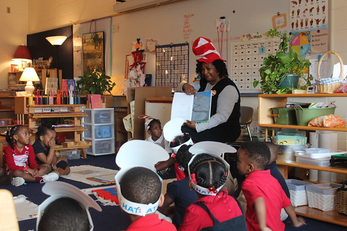 Cindy Ayers Elliott gave her local farm a rest and read The Lorax to students at Van Winkle Elementary in Jackson, Miss. Elliott is a member of this Earth Team group and a commissioner for the local Soil and Water Conservation District.
