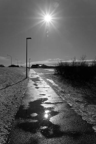 winter bw sun reflection iceland islandia sh ísland 2012 selfoss fjoladogg fjóladögg