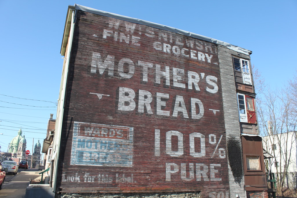 """Mother's Bread 100% Pure2"" by josepha via Flickr CC-BY-NC-SA"