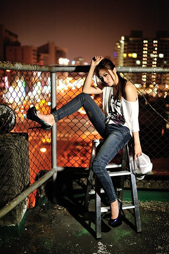 [フリー画像素材] 人物, 女性 - アジア, 台湾人, ジーンズ ID:201204111800