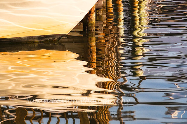 wBoat_piling_reflection
