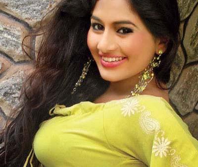 Sri Lankan Cute Actress