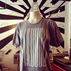 Printing some sick shirts for Le Trouble Nous imprimons des superbes chandails pour Le Trouble.