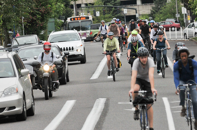 Bike traffic on N Williams Ave-9.jpg