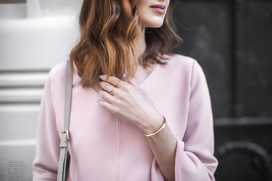 dusty-rose-quartz-color-trend-outfit-street-style