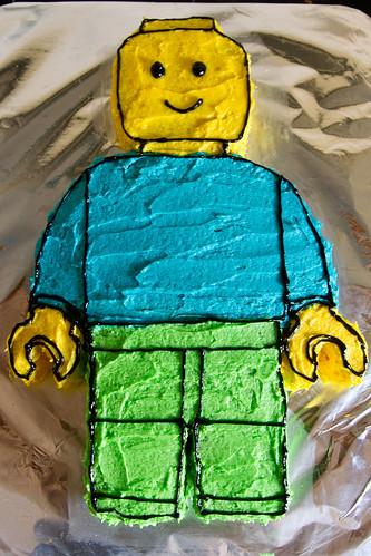 Lego Minifigure Cake
