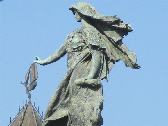 Una de estatua