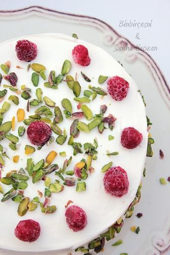 peynır kremalı frambuazlı pasta (9) by saliha.erozan_binbirçeşni
