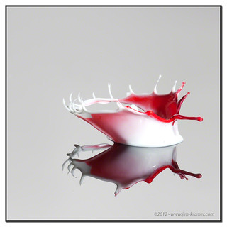 Cherry Crown #9019 | ©2012 - www.liquids-in-motion.com