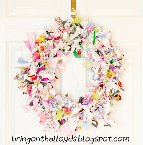 Fabric-Wreath-full-view