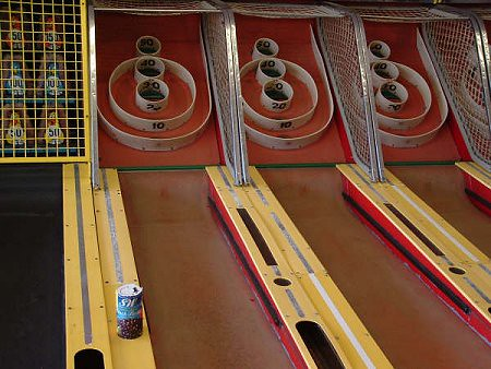 Skee Ball amusement arcade game. by Eddie from Chicago