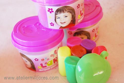 Brindes Crianças, Potinhos de Plasticina