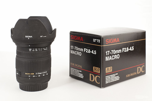 Sigma 17-70mm f/2.8-4.5 DC Macro