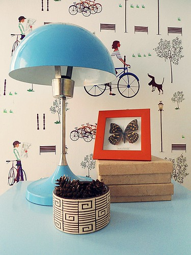 blue vintage lamp 4