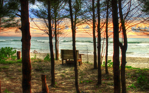 blue trees sunset sea sky cloud color beach water digital canon bench indonesia landscape eos exposure emotion wave atmosphere full dreamy 1855mm tone hdr vibe