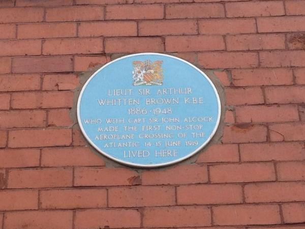 Photo of Arthur Whitten Brown blue plaque