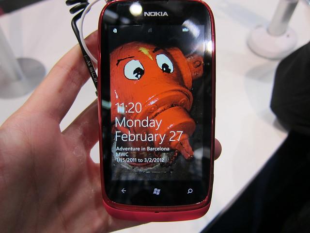 Nokia Lumia 610 (Magenta) - Front View