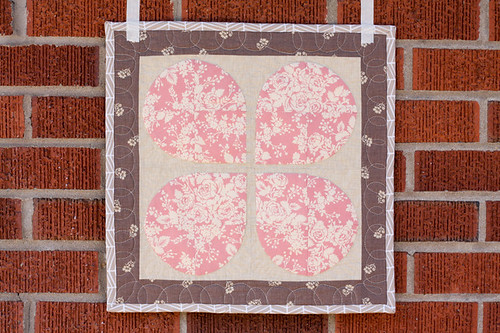 Retro Flowers Mini Quilt by jenib320