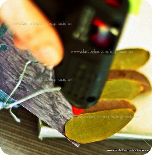 Decorar un ábum de fotos con hojas secas