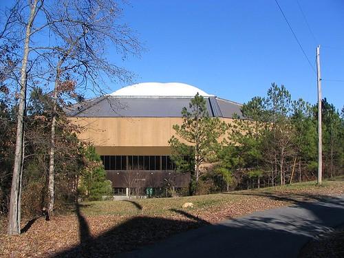 Dean E Smith Center (public domain, Wikimedia Commons)