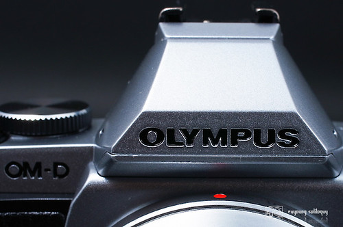 Olympus_EM5_exterior_05