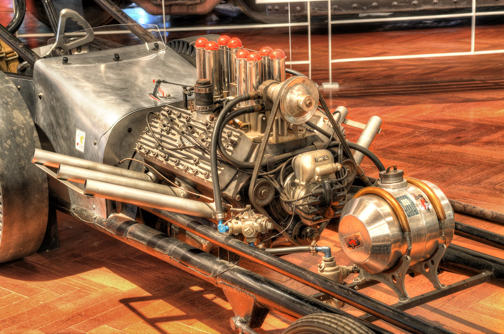 1960 Slingshot dragster in Henry Ford Museum / 60年代的高速賽車