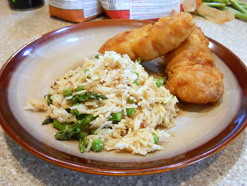 rice with asparagus and peas 002