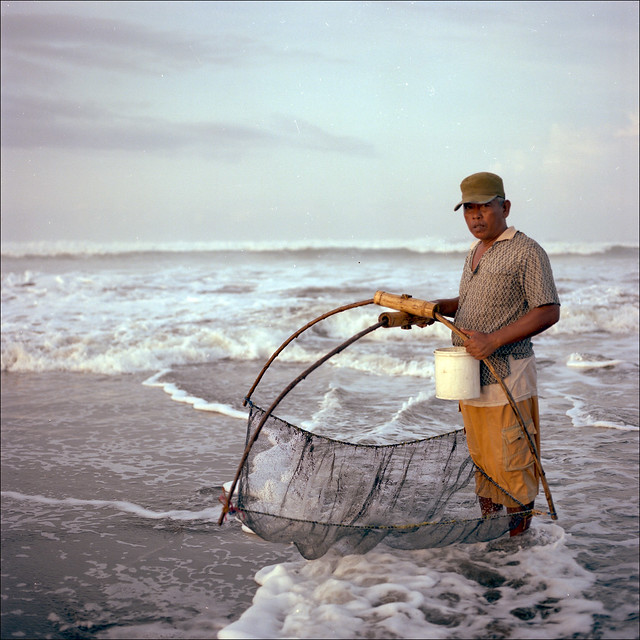 Parangtritis Beach, Yogyakarta, Indonesia :: Fisherman