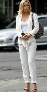 Kate Hudson White Trousers Celebrity Style Women's Fashion