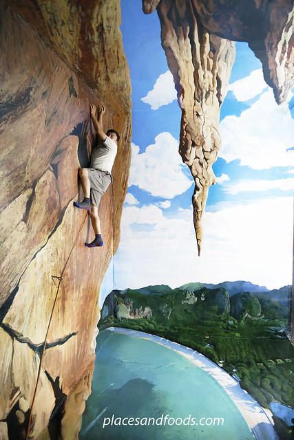 magic eye 3d museum rock climbing