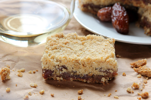 Wine & Date Crumble Bars