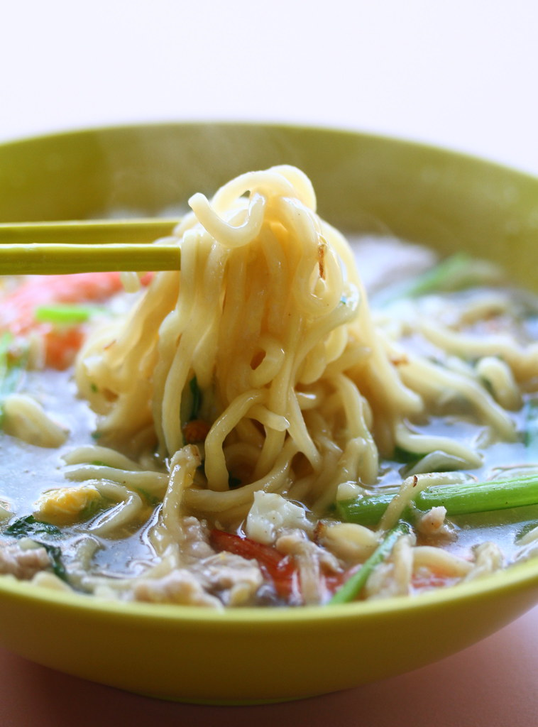 Kebun Baru Food Centre: Seletar Sheng Mian & Mian Fen Guo