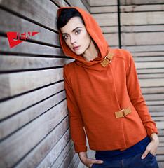 sweater_orange
