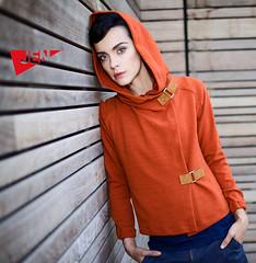 sweater_orange