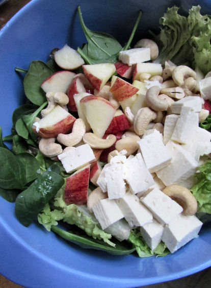 Apple Tofu Cashew Salad