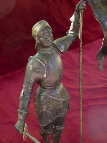 statue Jeanne d'Arc visage by angelarune