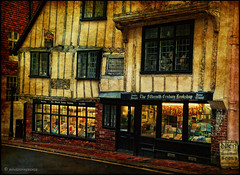 A Bookshop in England / Street photography