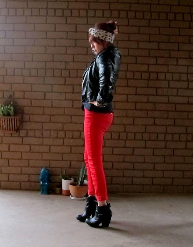 redpants5