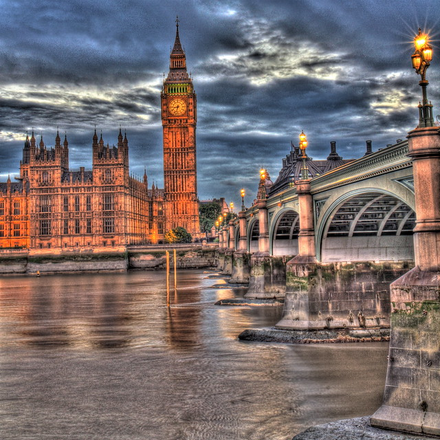 Big ben la tamise westminster bridge londres for Nouveau batiment londres