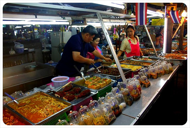 kamphaeng phet market stand