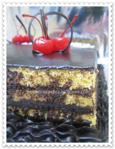 Opera cake by DiFa Cakes
