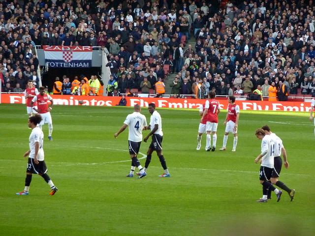 Header of Tottenham