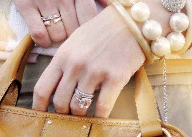 rings- wedding rings-engagelement rings