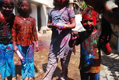 kids on holi shot by marziya shakir 4 year old by firoze shakir photographerno1