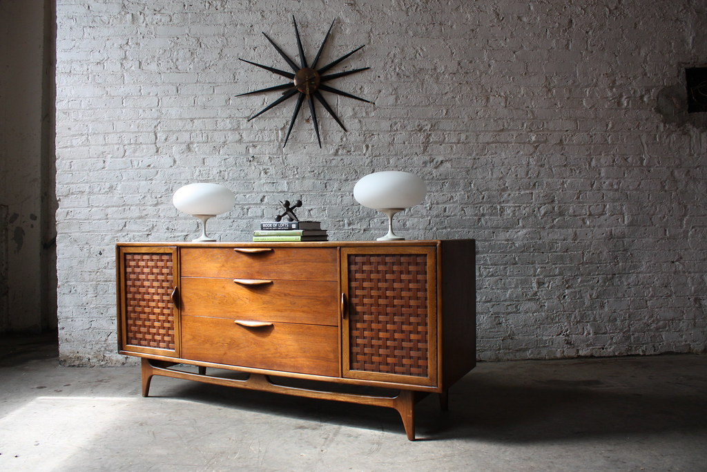 Handsome Lane Perception Mid Century Modern Oak And Walnut Flickr