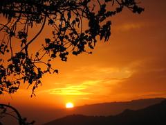 Puesta de sol tras La Gomera - Golden sunset behind La Gomera