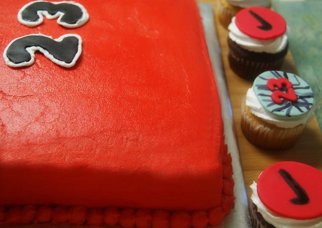 Michael Jordan Themed Cake & Cupcakes Flickr - Photo ...