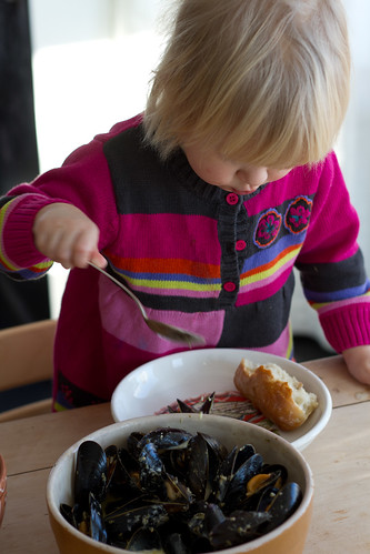 Nora & mussels, second (or third?) helpings